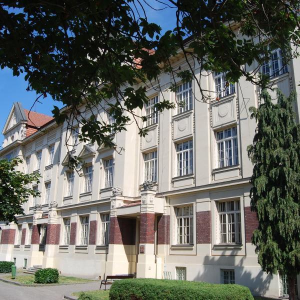 budova-masarykovazš